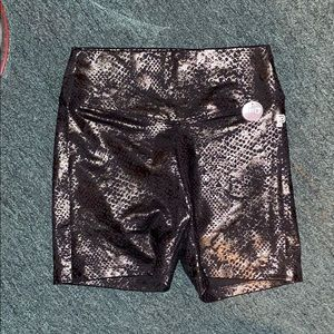 VS pink black bike shorts size M